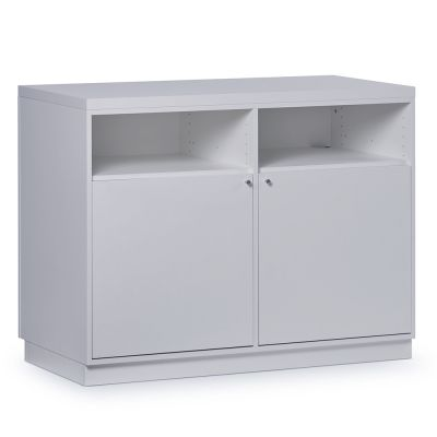Butiksdisk i hvid inkl. topplade i hvid slidstærk laminat samt 2 låger og 4 hyldermål længde 120 cm - diskdybde 60 cm - højde 92,5 cm