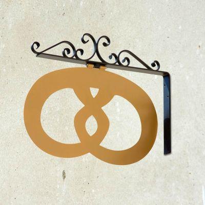 Udhængsskilt i smedejern med Bager logo