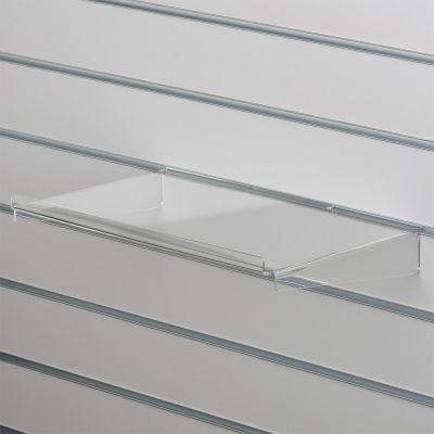 Akrylhylde i klar akryl for rillepanelerlige hylde med opbukket forkant og nedbukkede sidermål B40xD28 cm - forkant måler 1,3 cm