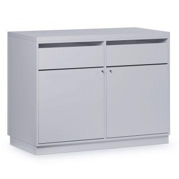 Butiksdisk i hvid inkl. topplade i hvid slidstærk laminat samt 2 skuffer og 2 låger<br />mål længde 120 cm - diskdybde 60 cm - højde 92,5 cm