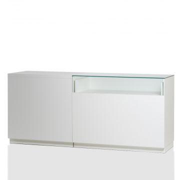 Butiksdisk i hvid inkl. hhv. 1 topplade i hvid laminat L90 cm og 1 glassplade L120 cm<br />mål samlet L210xD60 cm