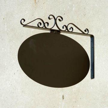 Smedejernsskilt til væg  med logoplade |